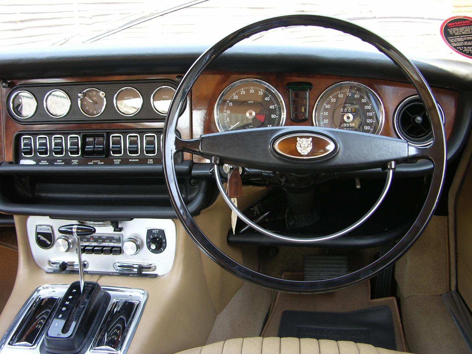 Jaguar XJ I (Series 1) 1968 - 1973 Sedan #4