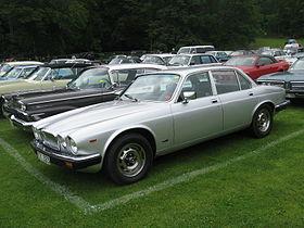 Jaguar XJ I (Series 2) 1973 - 1979 Sedan #6