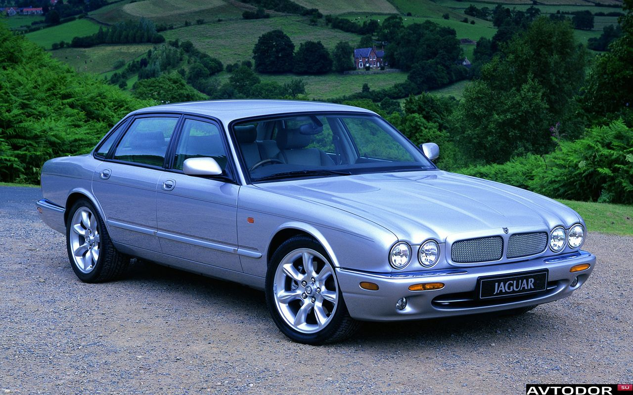 Jaguar XJ II (X308) 1997 - 2003 Sedan #4