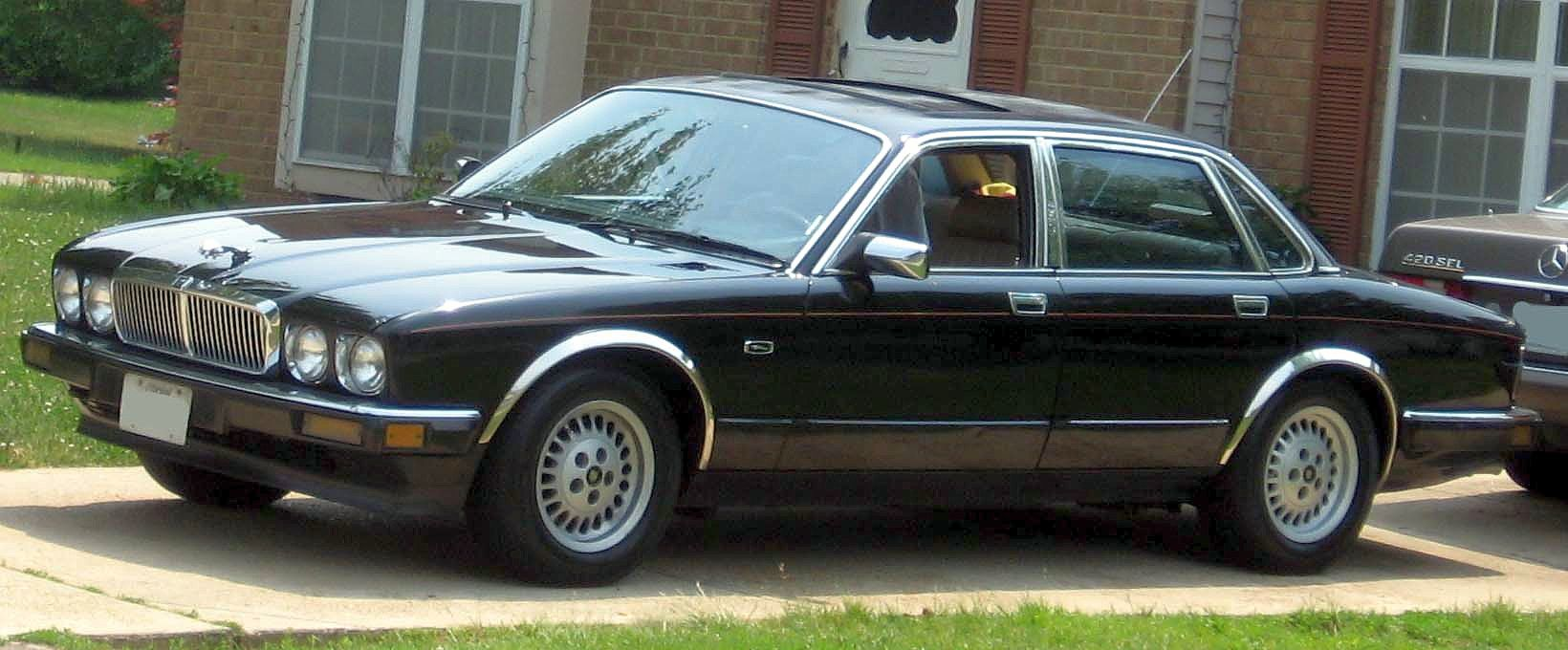 Jaguar XJ II (XJ40) 1986 - 1994 Sedan #3