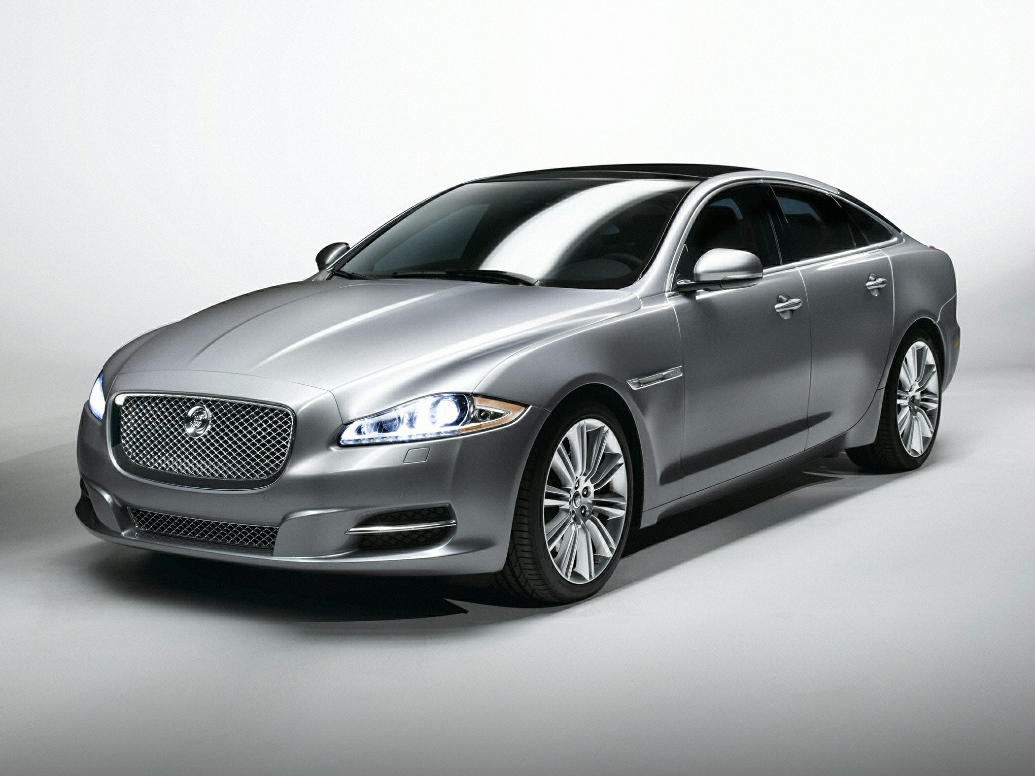 Jaguar XJ IV (X351) Restyling 2015 - now Sedan #6