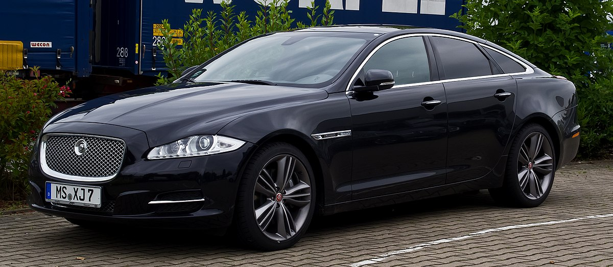 Jaguar XJ IV (X351) Restyling 2015 - now Sedan #7