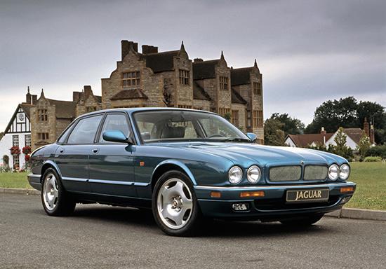 Jaguar XJR II (X300) 1994 - 1997 Sedan #5