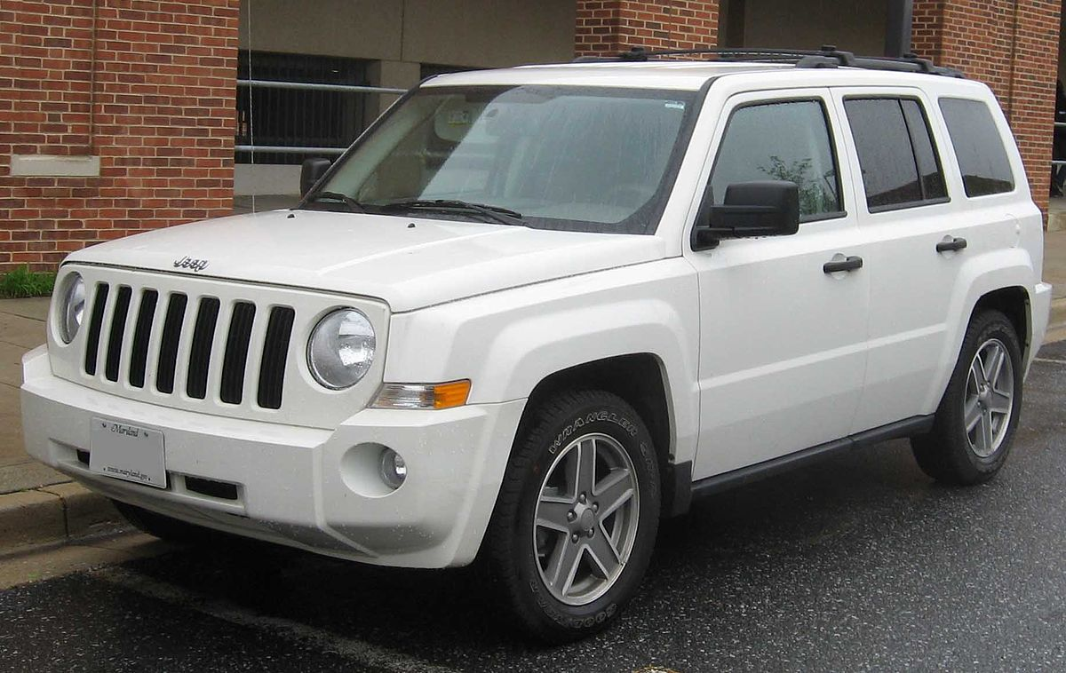 Jeep Liberty (Patriot) 2006 - 2016 SUV 5 door #7