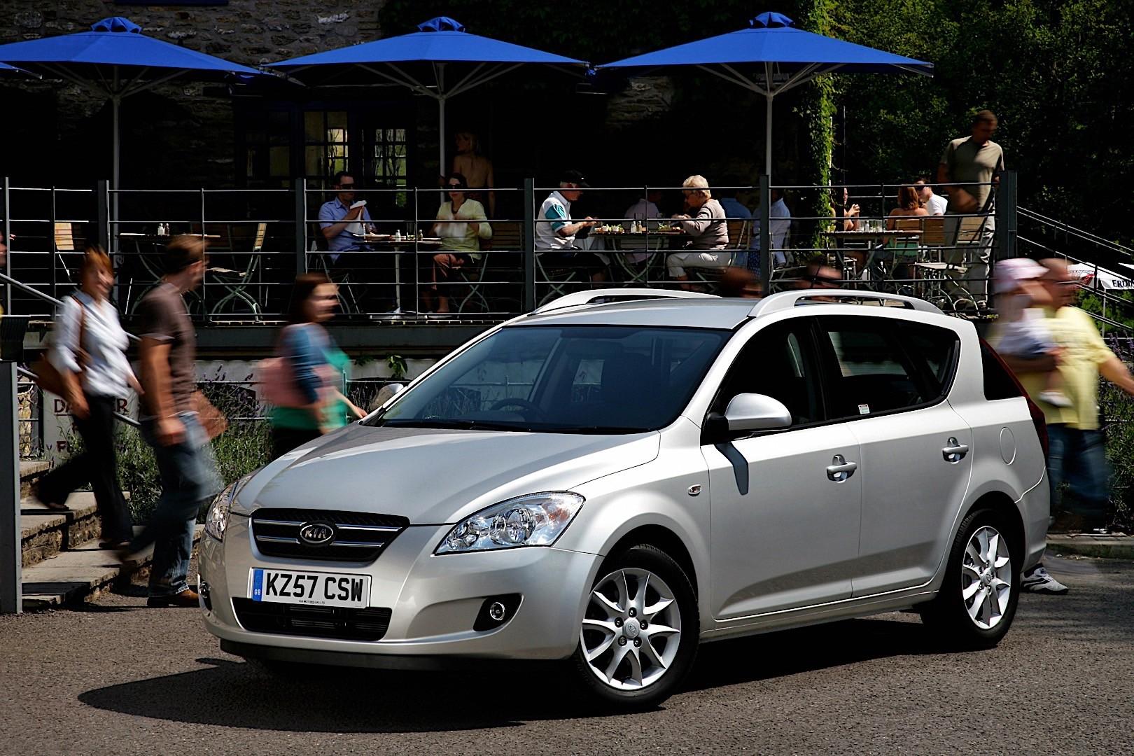 Kia Cee'd I 2007 - 2010 Hatchback 5 door #1