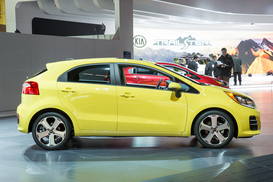 Kia Rio III Restyling 2015 - now Hatchback 5 door #6