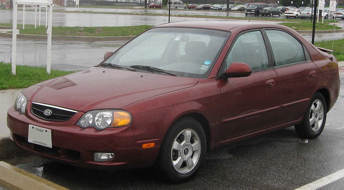 Kia Sephia II Restyling 2001 - 2004 Sedan #8