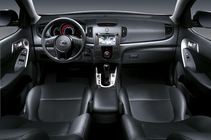 Kia Forte I 2008 - 2013 Sedan #5