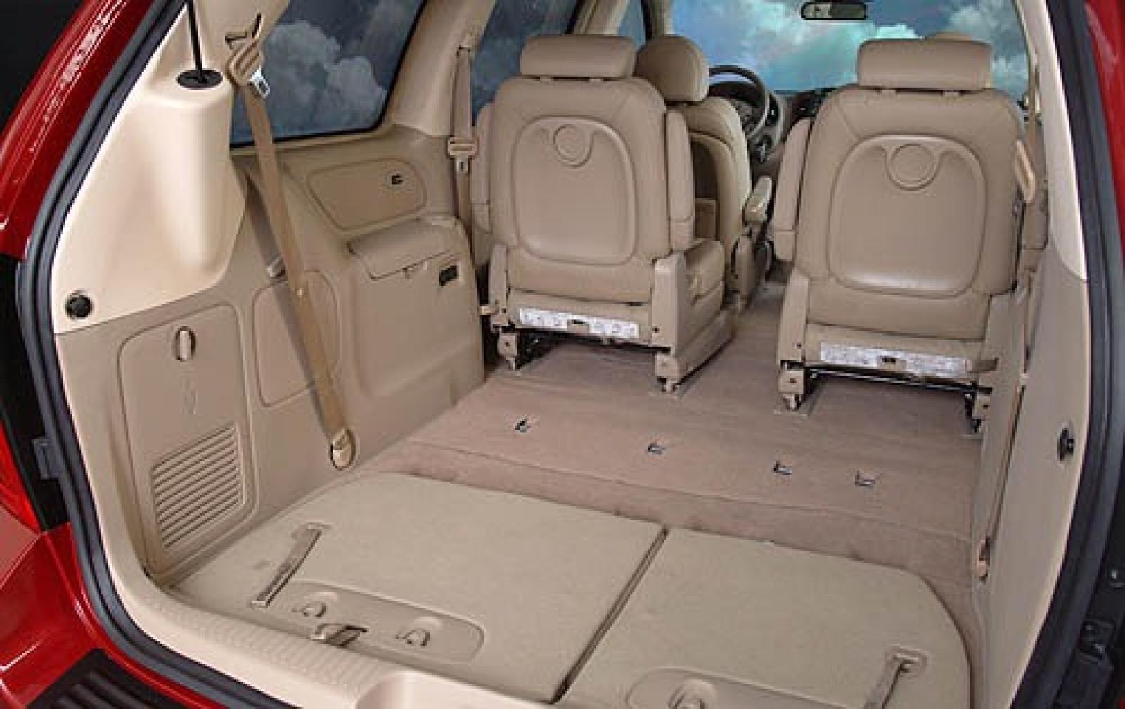 Kia Sedona I 1998 - 2006 Minivan #3
