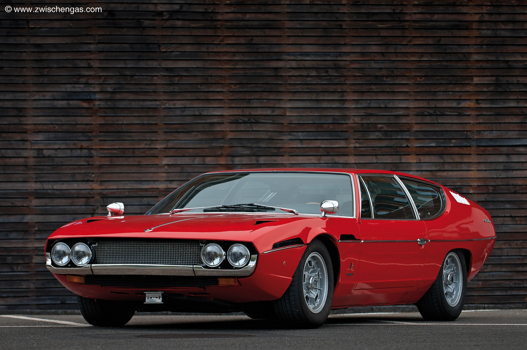 http://carsot.com/images/lamborghini-espada-1968-1981-coupe-exterior-2.jpg