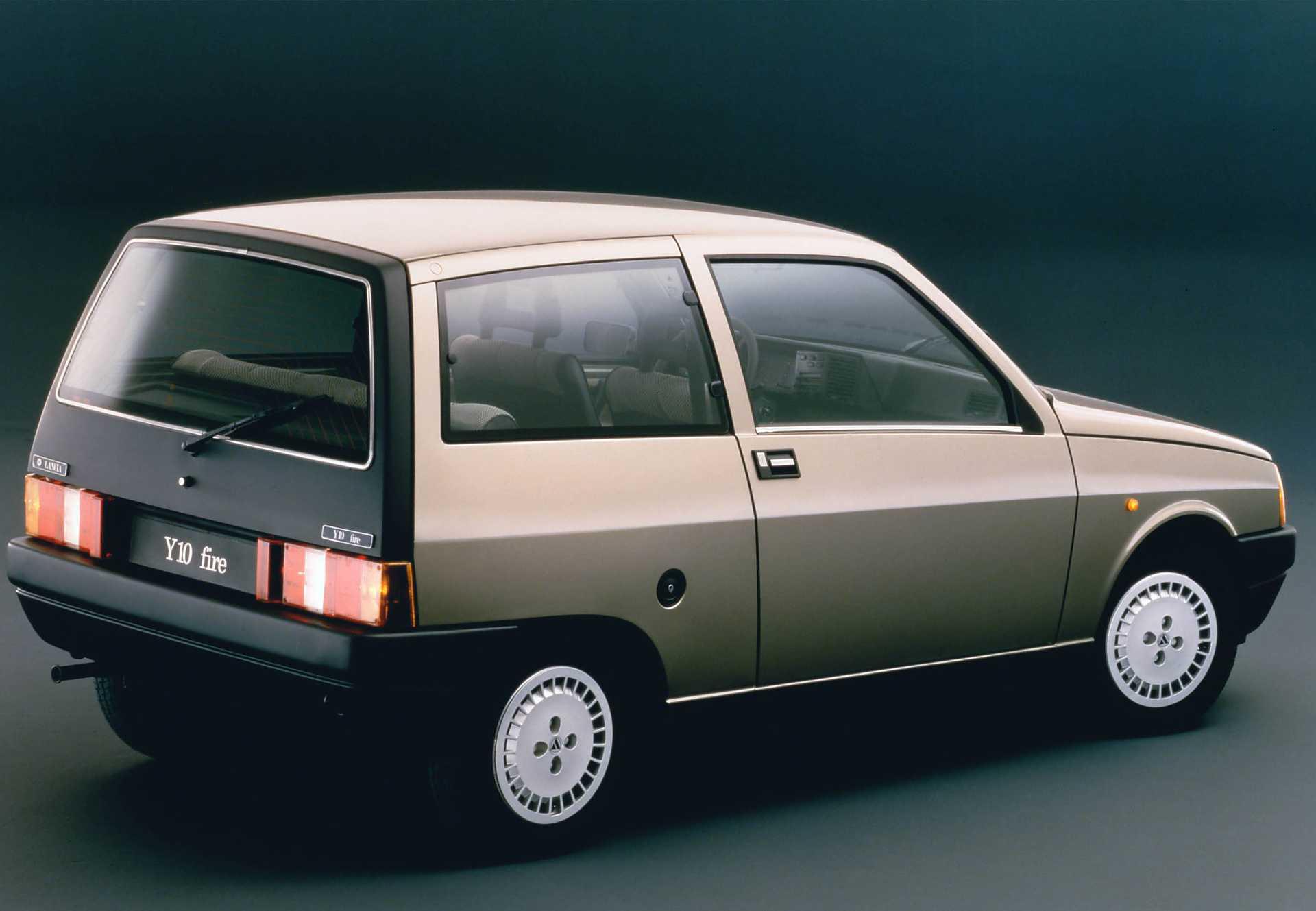 Lancia Y10 1985 - 1995 Hatchback 3 door #1