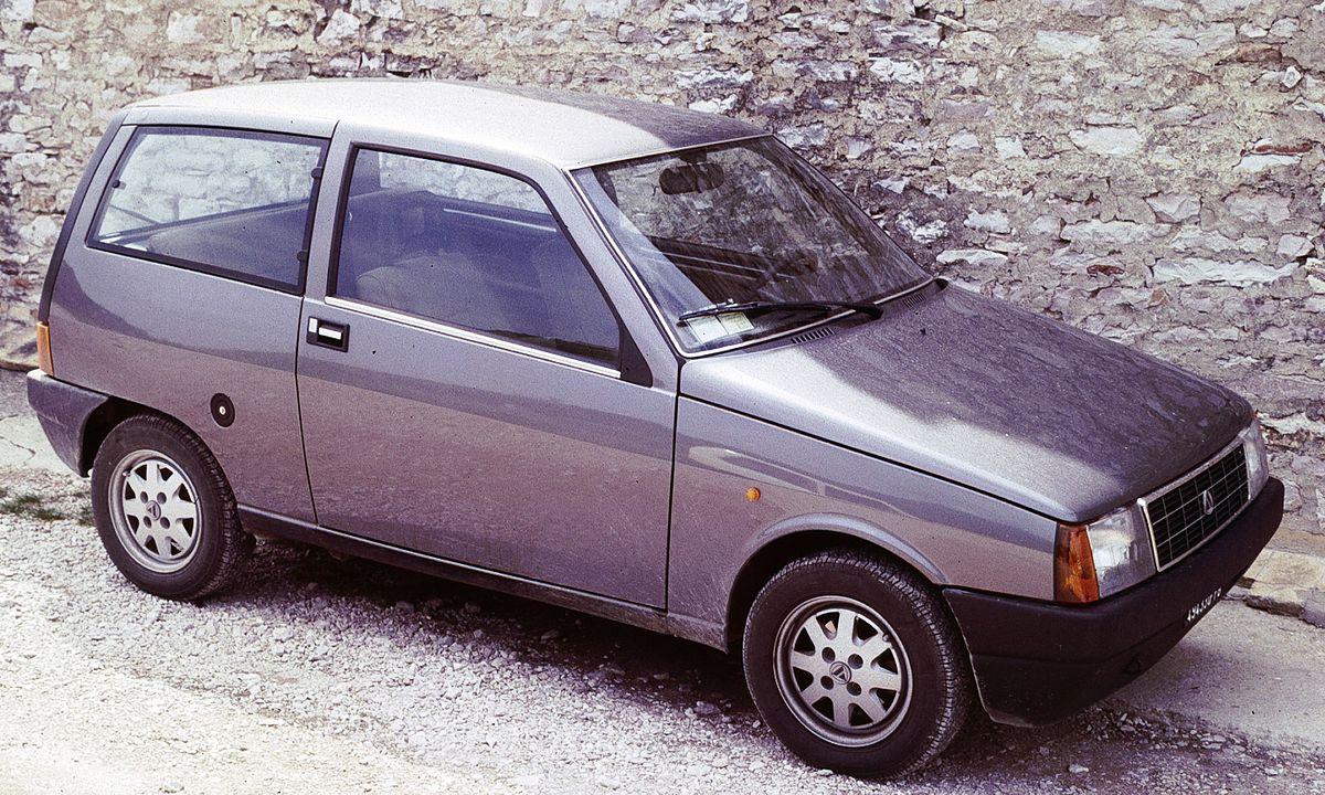 Lancia Y10 1985 - 1995 Hatchback 3 door #8