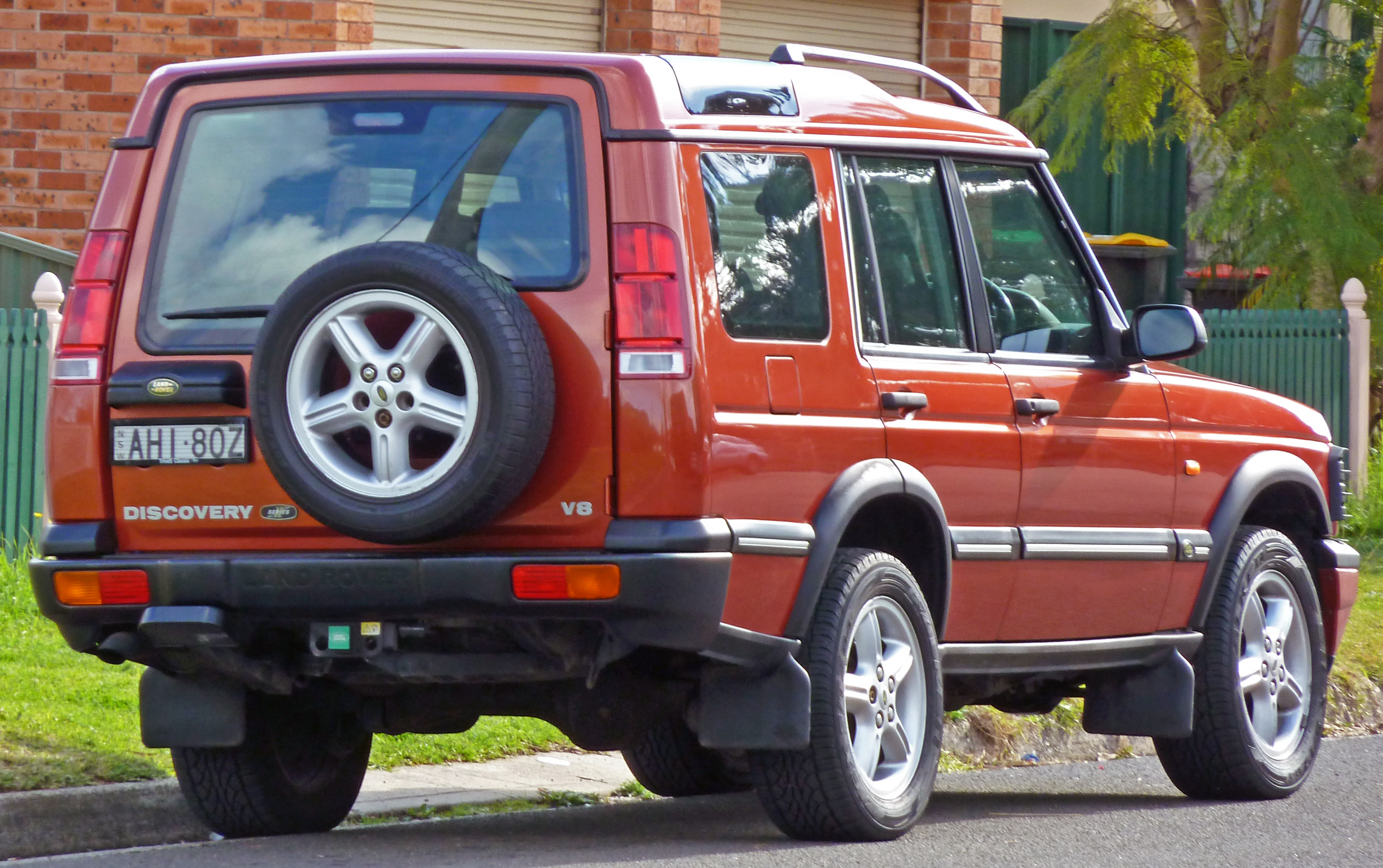 Land Rover Discovery I 1989 - 1998 SUV 3 door :: OUTSTANDING CARS