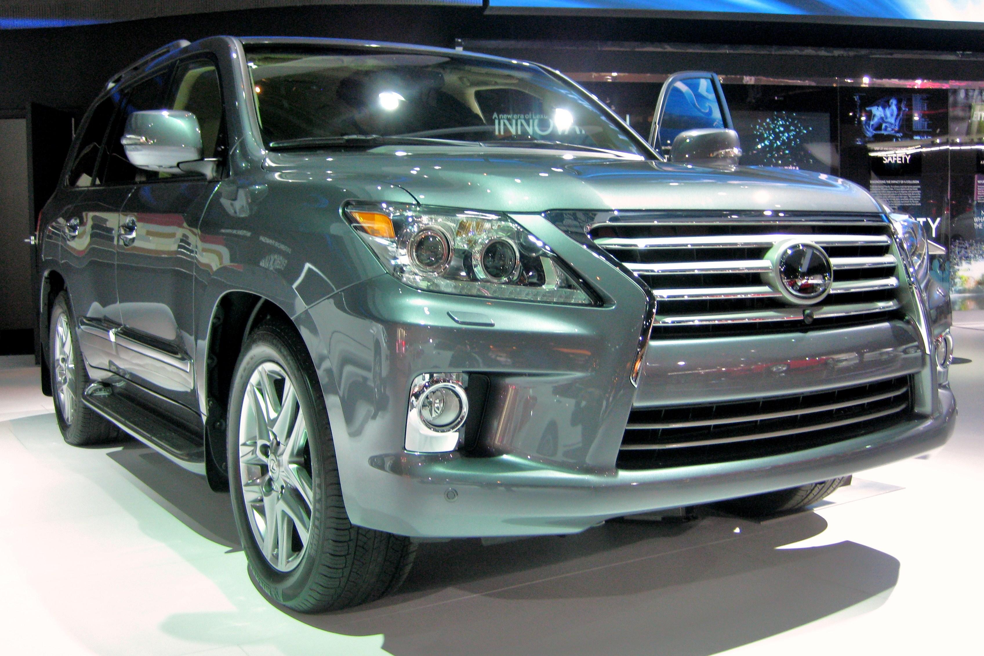 Lexus LX III Restyling 2012 - 2015 SUV 5 door #3