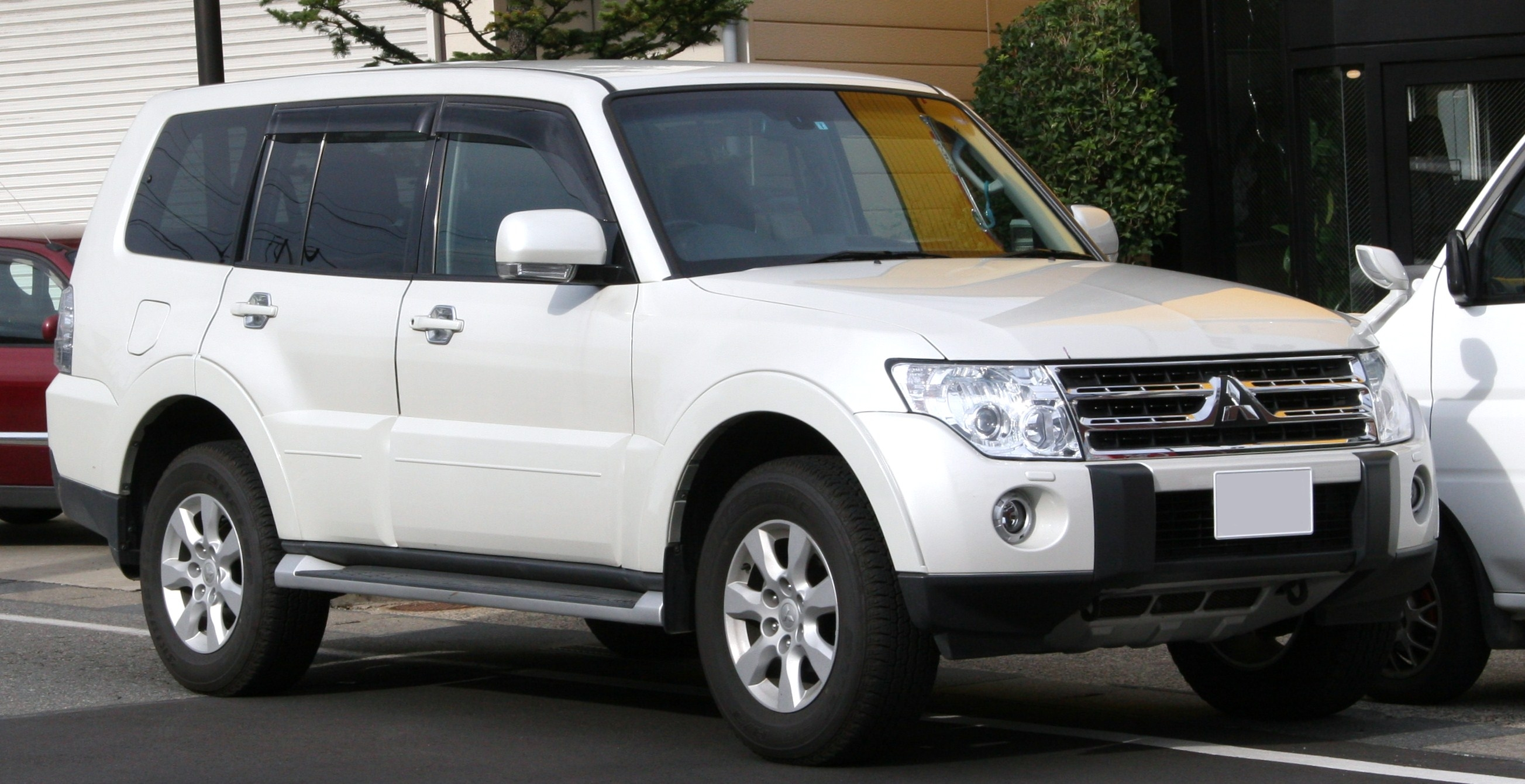 Mitsubishi Pajero IV Restyling 2 2014 - now SUV 5 door #5