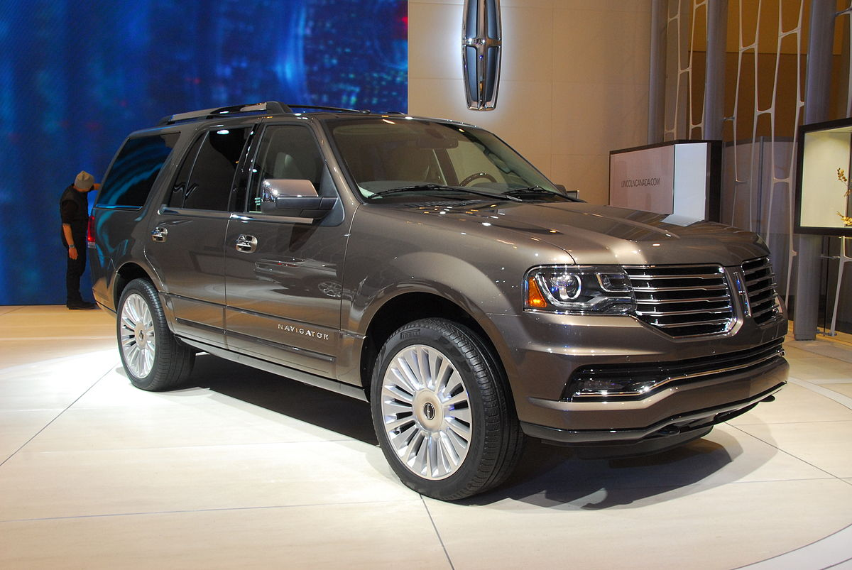 Lincoln Navigator IV 2017 - now SUV 5 door #1