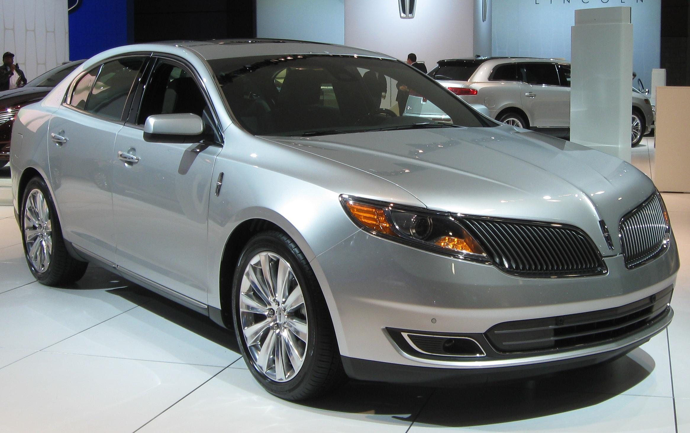 Lincoln MKS I Restyling 2012 - 2016 Sedan #1