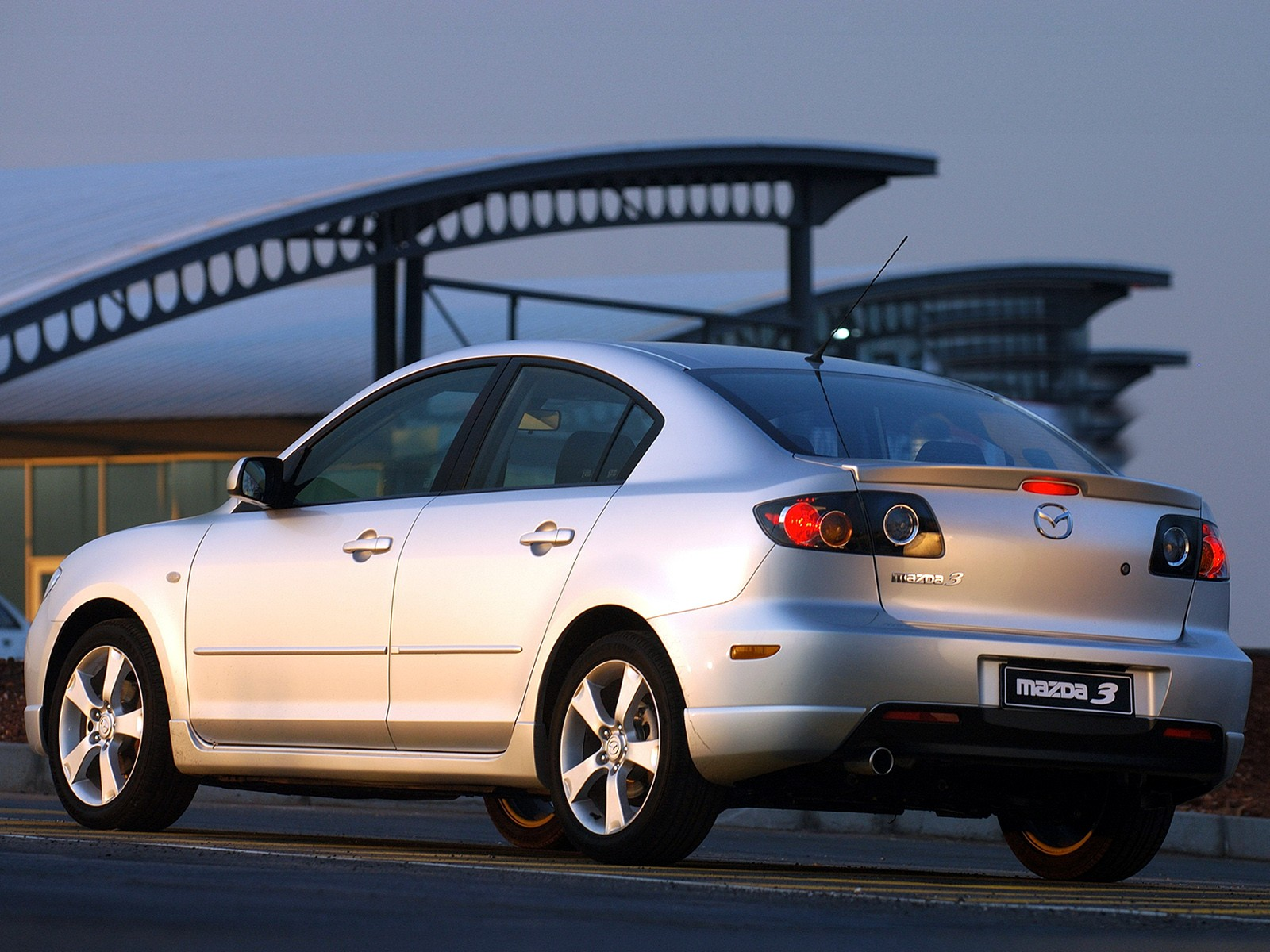 Mazda 3 I (BK) 2003 - 2006 Sedan :: OUTSTANDING CARS