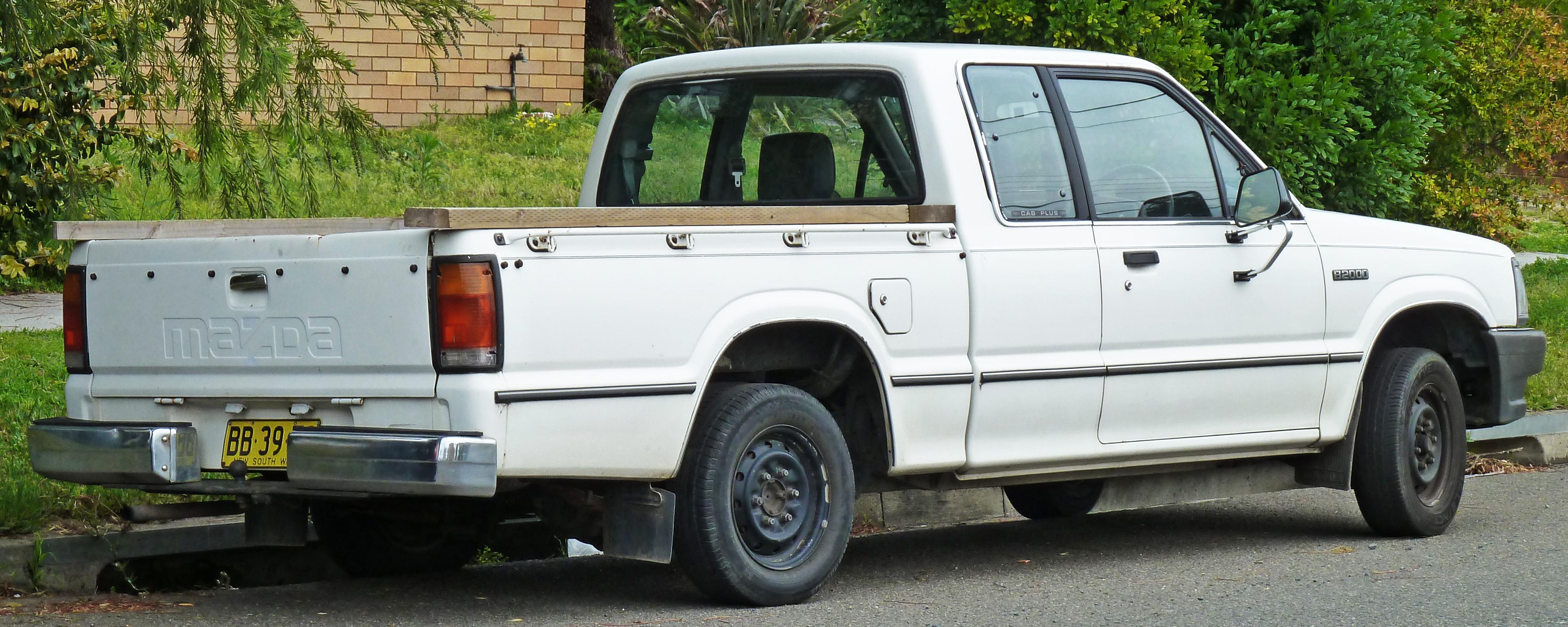 Mazda Proceed V 1998 - 2006 Pickup #2