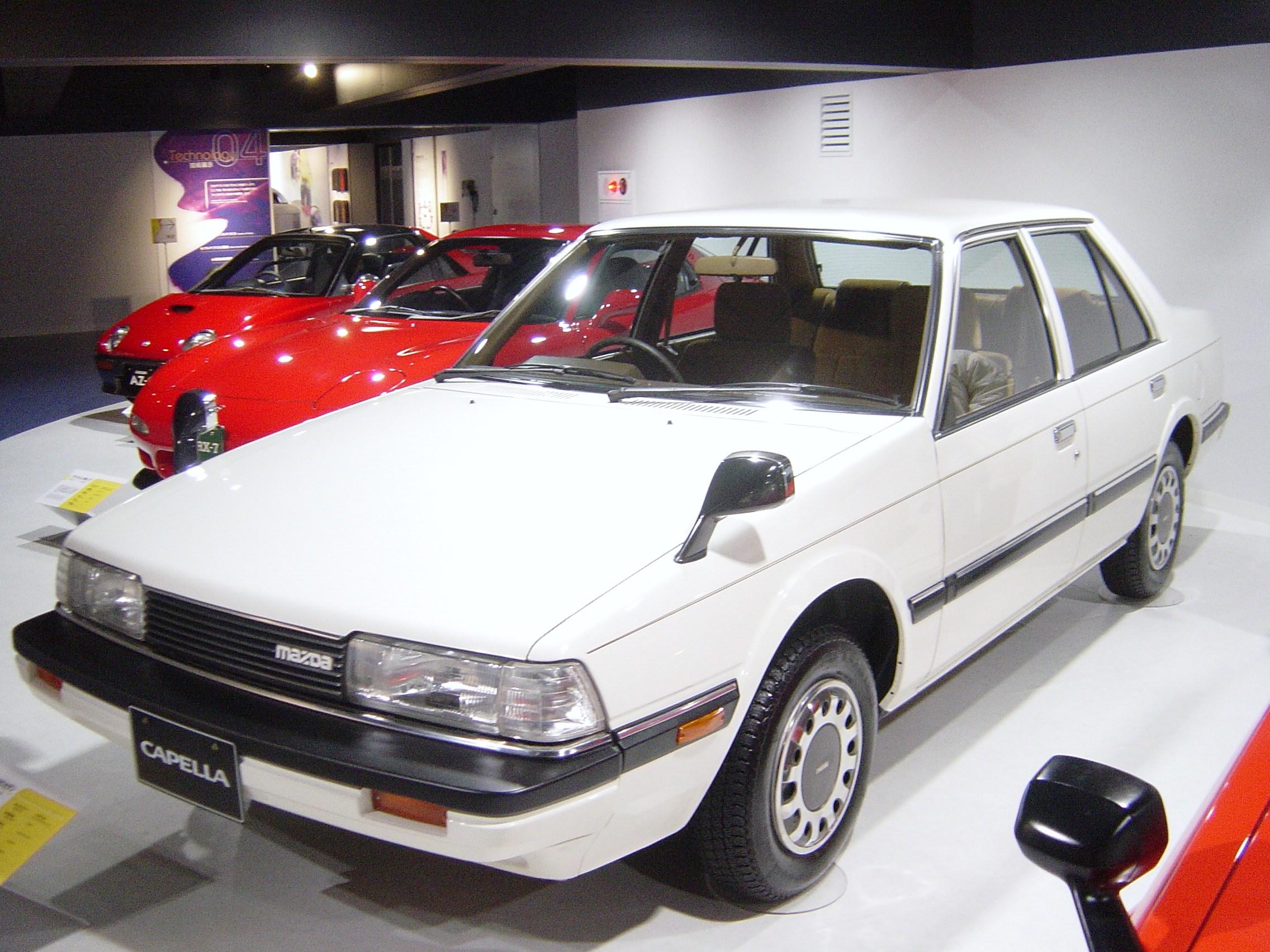 Mazda Capella IV 1987 - 1997 Hatchback 5 door #1