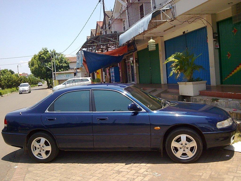 Mazda Cronos 1991 - 1995 Sedan #8