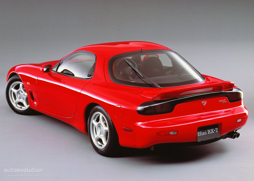 http://carsot.com/images/mazda-rx7-iii-fd-1991-2002-coupe-exterior-1.jpg