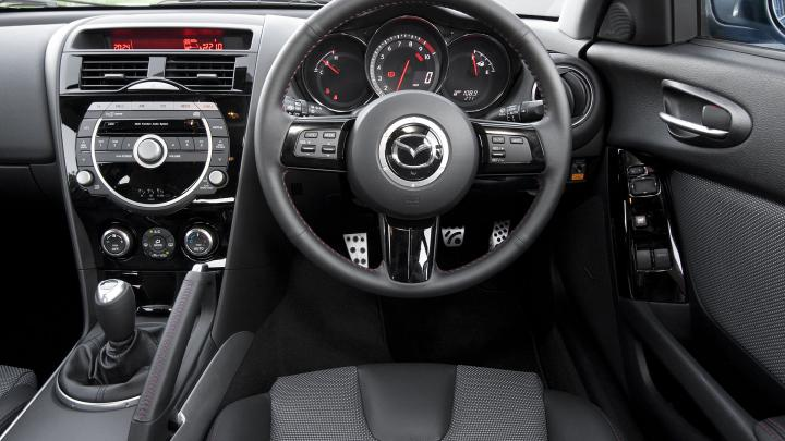 http://carsot.com/images/mazda-rx8-i-2003-2008-coupe-interior-2.jpg