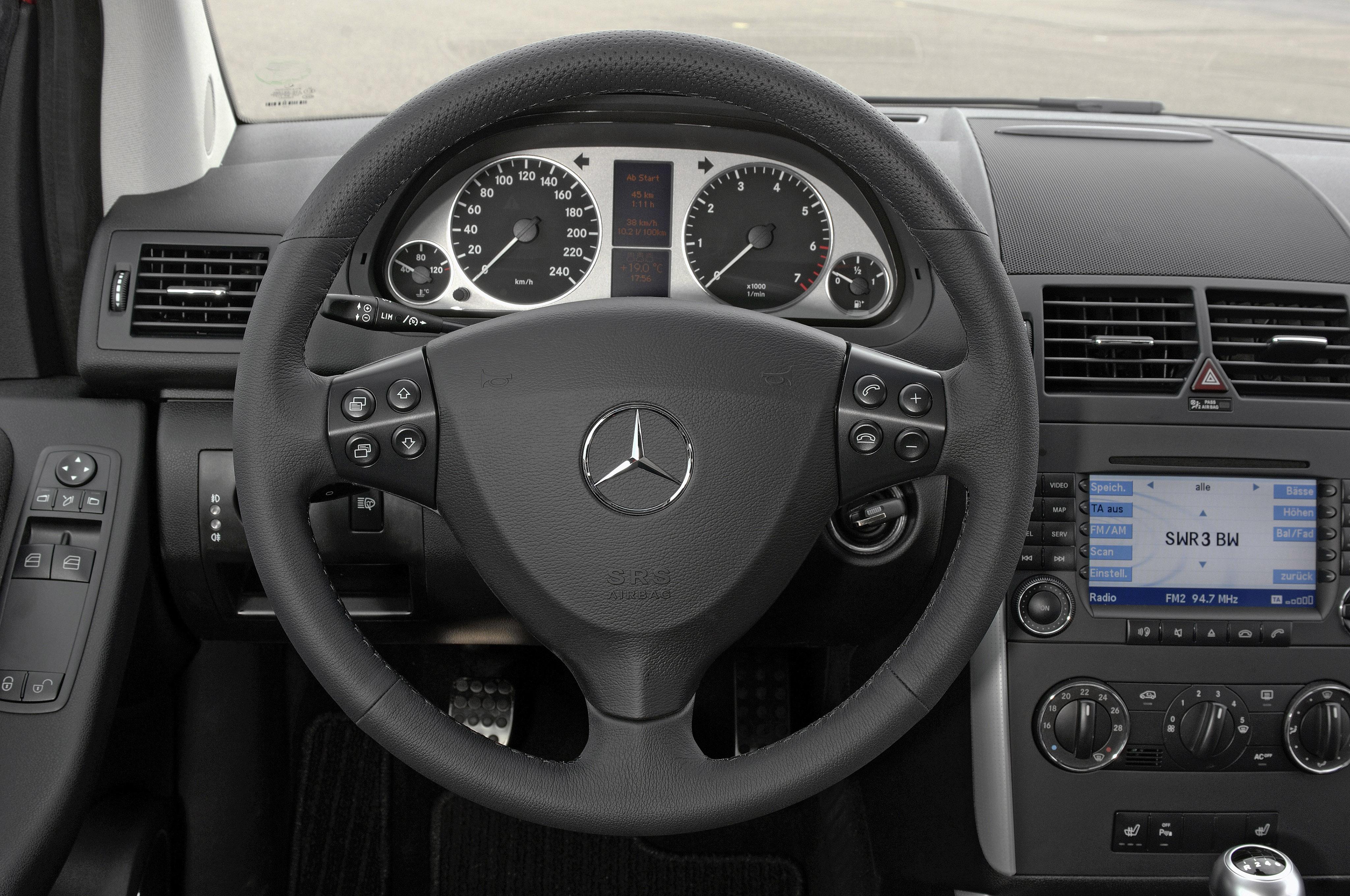Mercedes-Benz A-klasse II (W169) Restyling 2008 - 2012 Hatchback 3 door #4