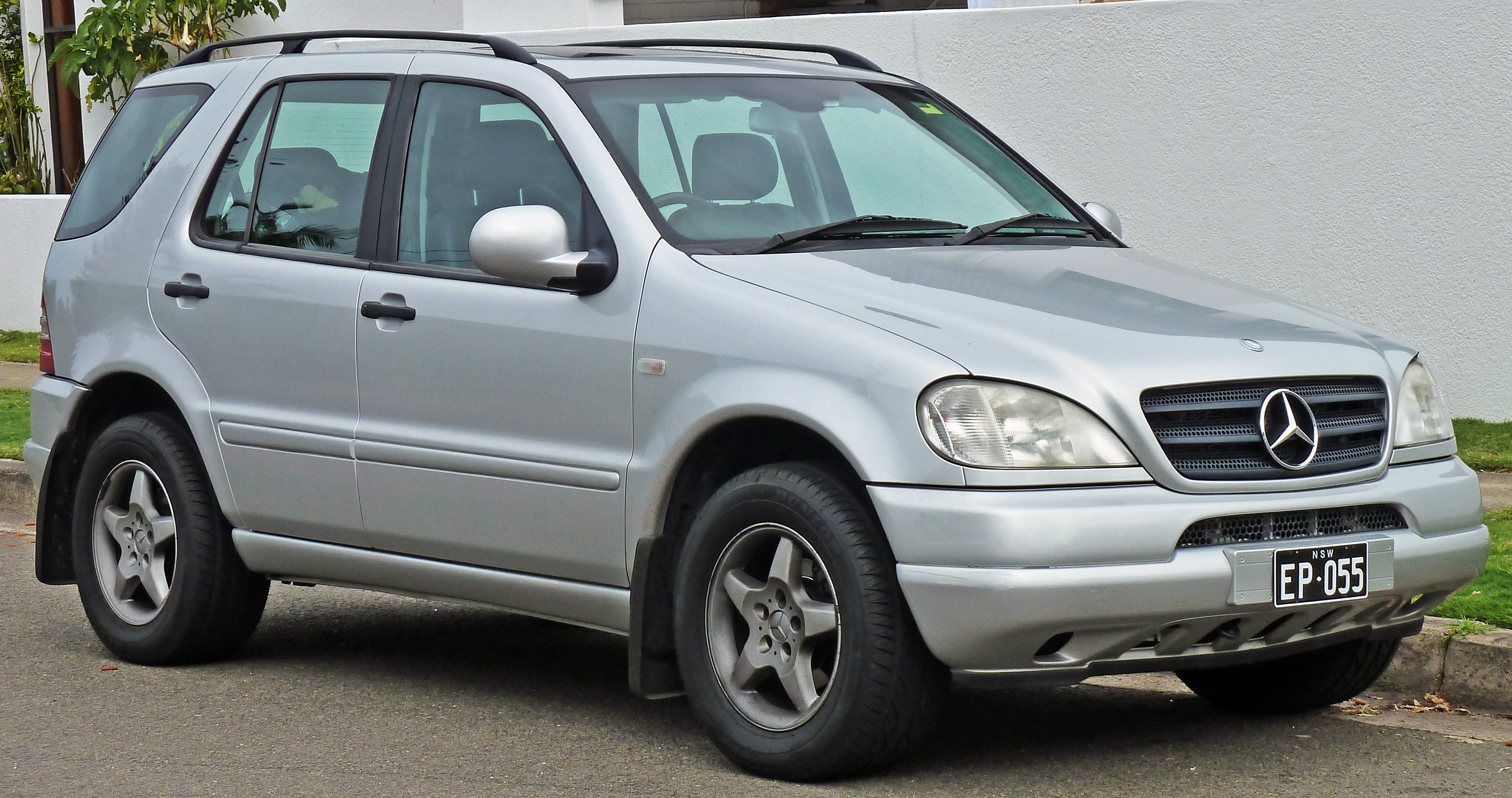 Mercedes-Benz M-klasse I (W163) 1997 - 2001 SUV 5 door #2