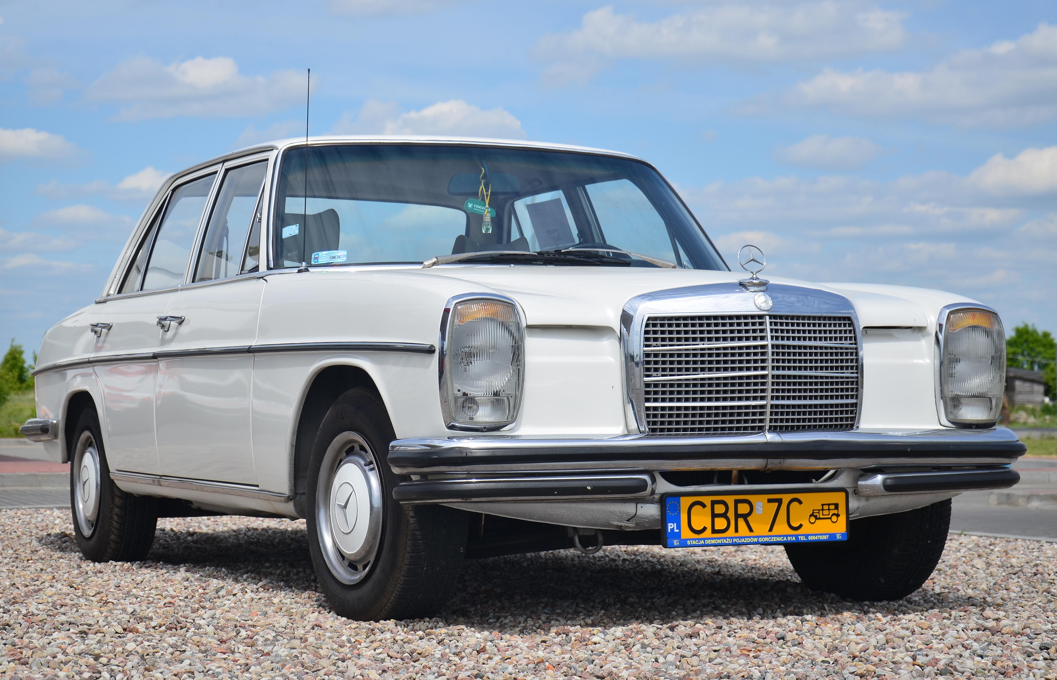 Mercedes-Benz W115 1968 - 1976 Sedan #5