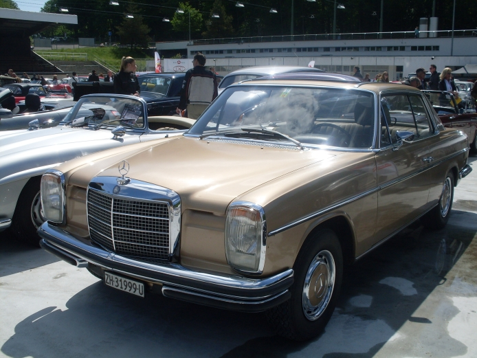 Mercedes-Benz W115 1968 - 1976 Sedan #6