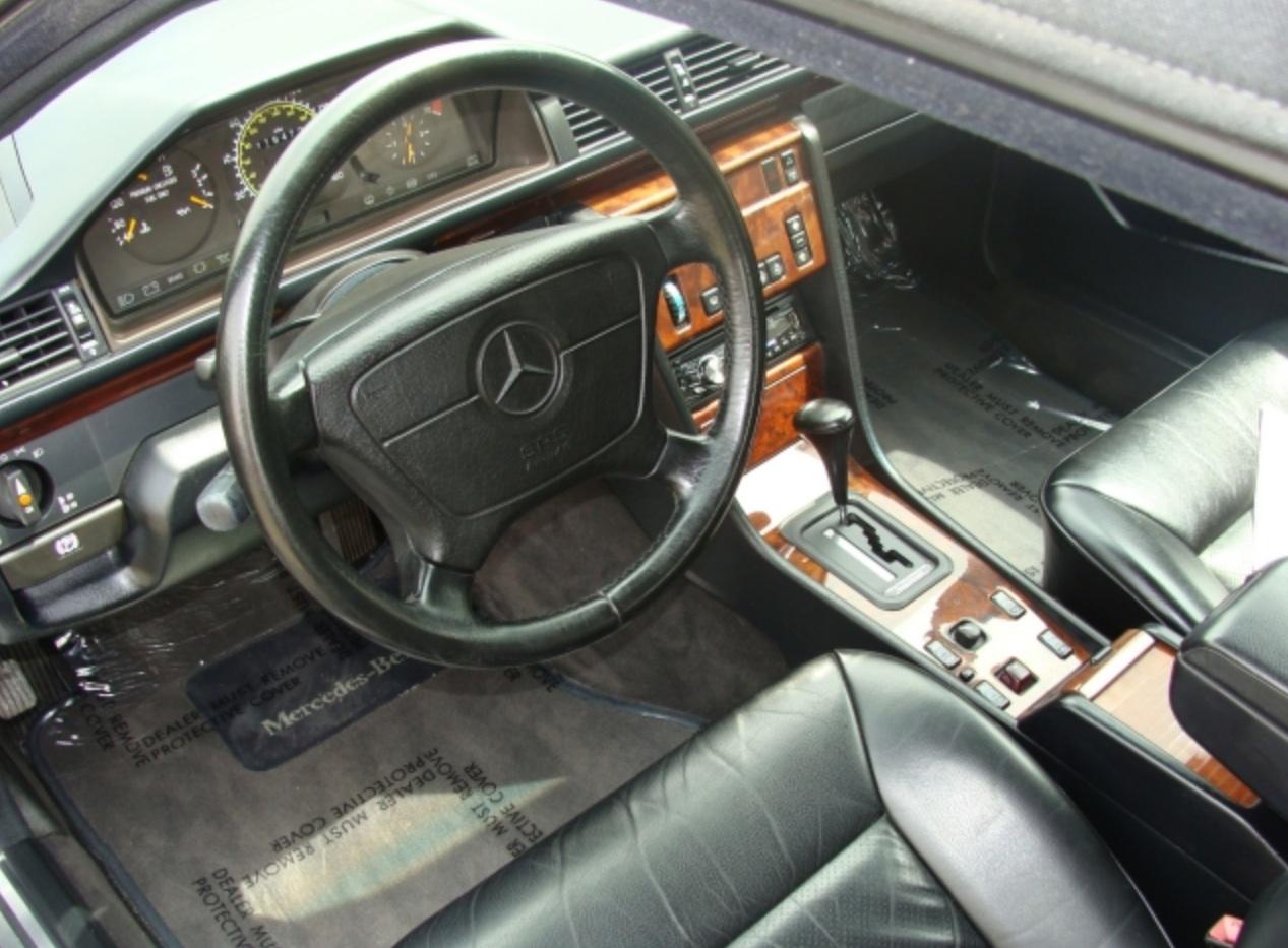 Mercedes-Benz W124 1984 - 1994 Cabriolet #6