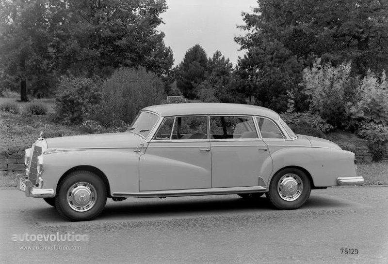 Mercedes-Benz W189 1957 - 1962 Sedan #1