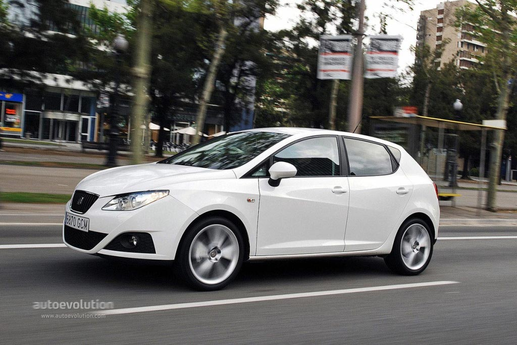 SEAT Ibiza IV Restyling 2012 - now Hatchback 3 door #4