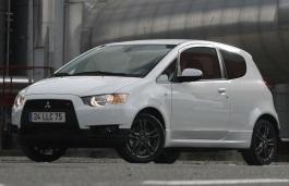 Mitsubishi Colt VI (Z30) Restyling 2008 - 2012 Hatchback 3 door #2