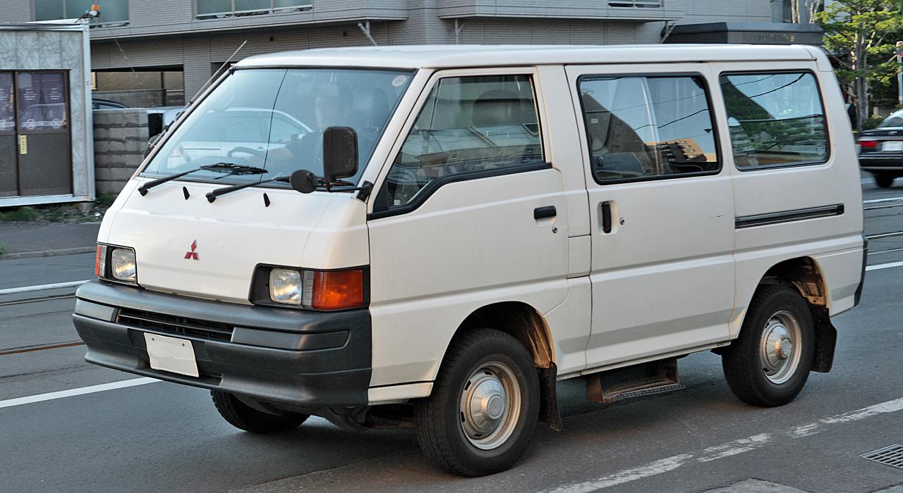 Mitsubishi Delica III 1986 - 1999 Minivan #5