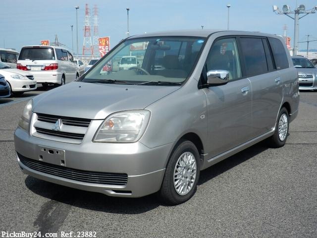 Mitsubishi Dion 2000 - 2006 Compact MPV #2