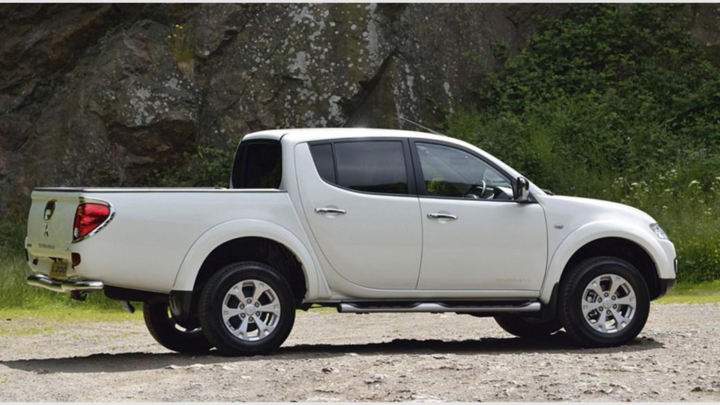 Mitsubishi L200 IV Restyling 2013 - 2015 Pickup #2