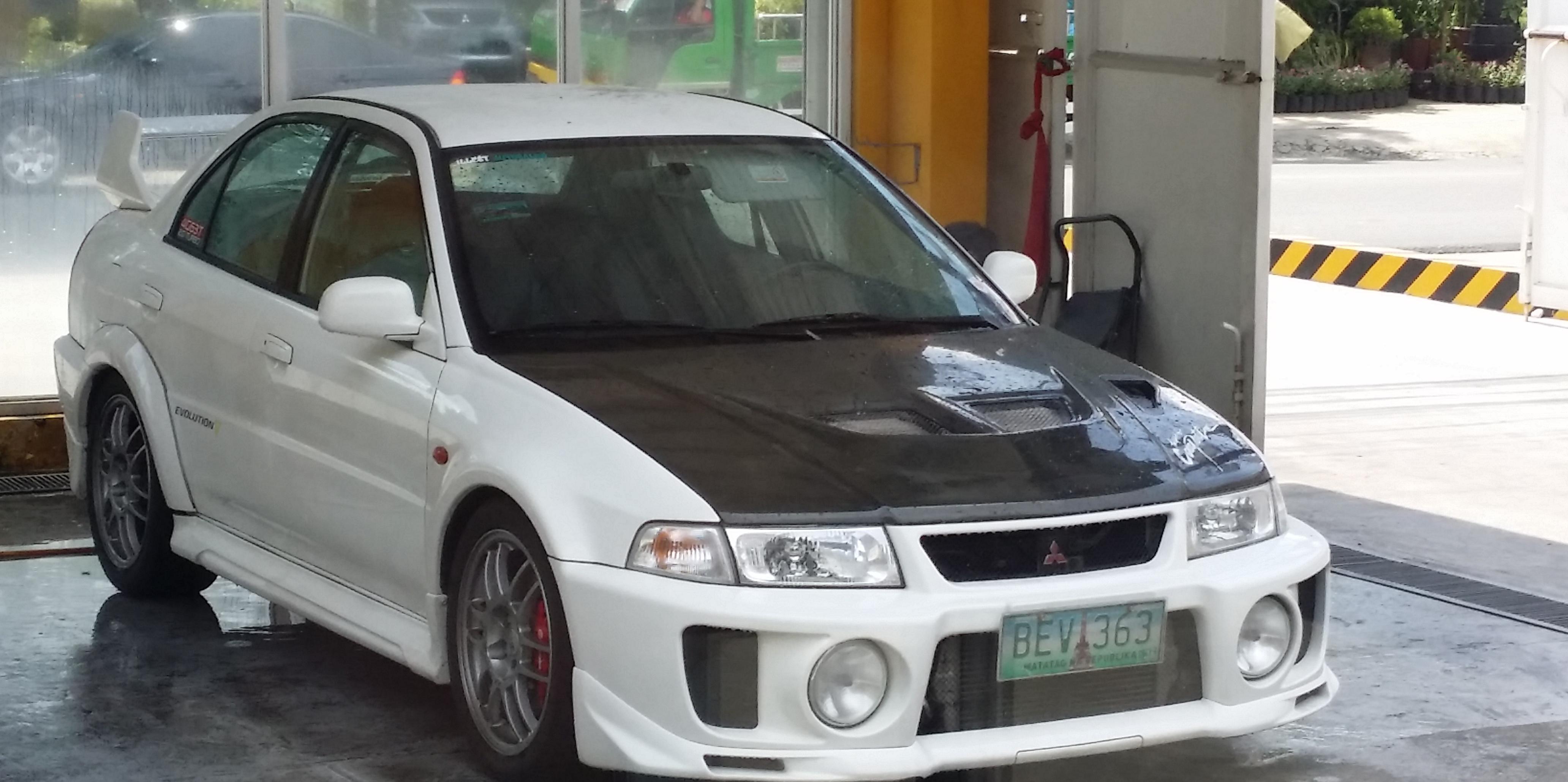 Mitsubishi Lancer Evolution V 1998 - 1999 Sedan #7