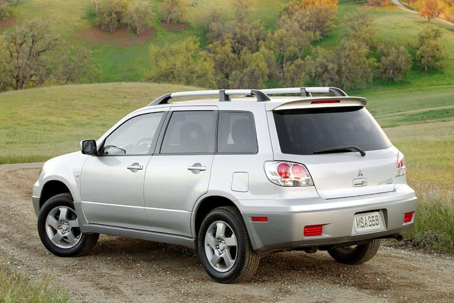 Mitsubishi Outlander I 2003 - 2008 SUV 5 door #2