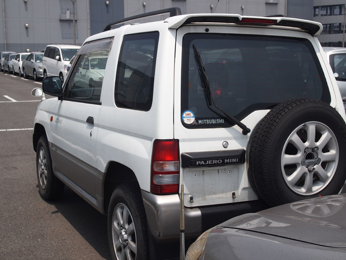 Mitsubishi Pajero Mini I 1994 - 1998 SUV 3 door #1