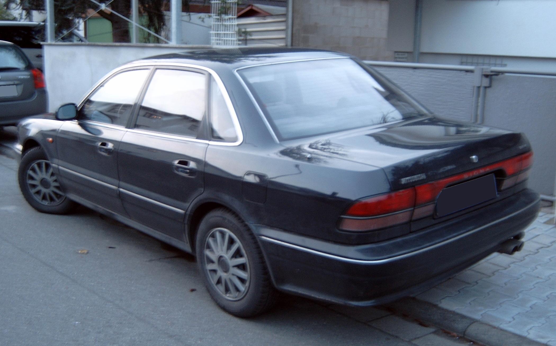 Mitsubishi Sigma 1990 - 1996 Sedan #2