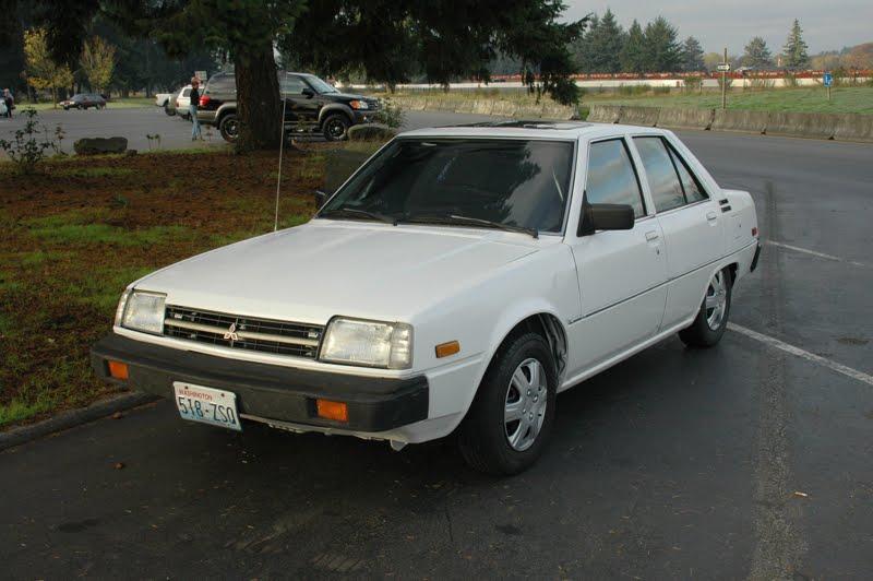 Mitsubishi Tredia 1982 - 1987 Sedan #3