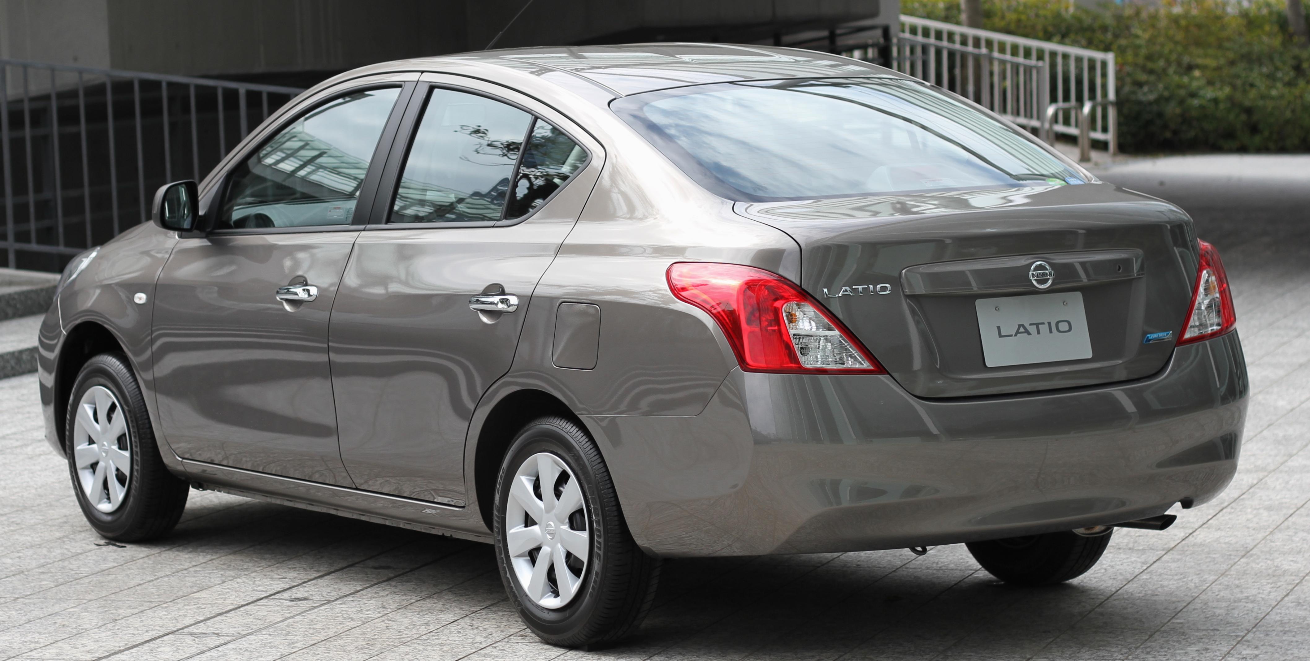Nissan Latio I (N17) 2012 - 2014 Sedan #3