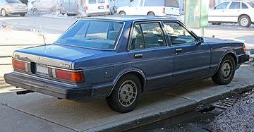 Nissan Maxima I (G910) 1981 - 1984 Sedan #4