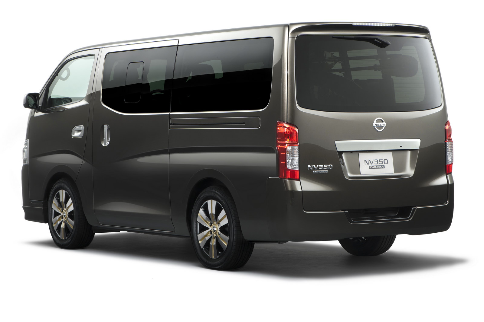 Nissan NV350 Caravan 2012 - now Minivan #5
