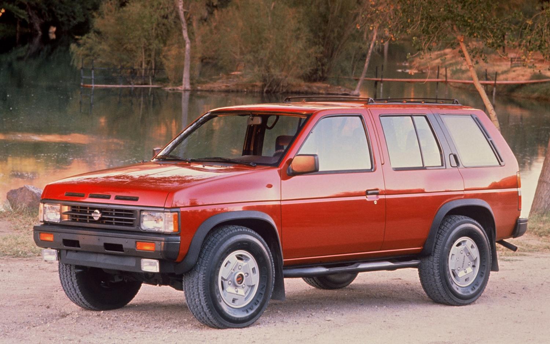 nissan pathfinder i 1985 1995 suv 3 door outstanding cars outstanding cars