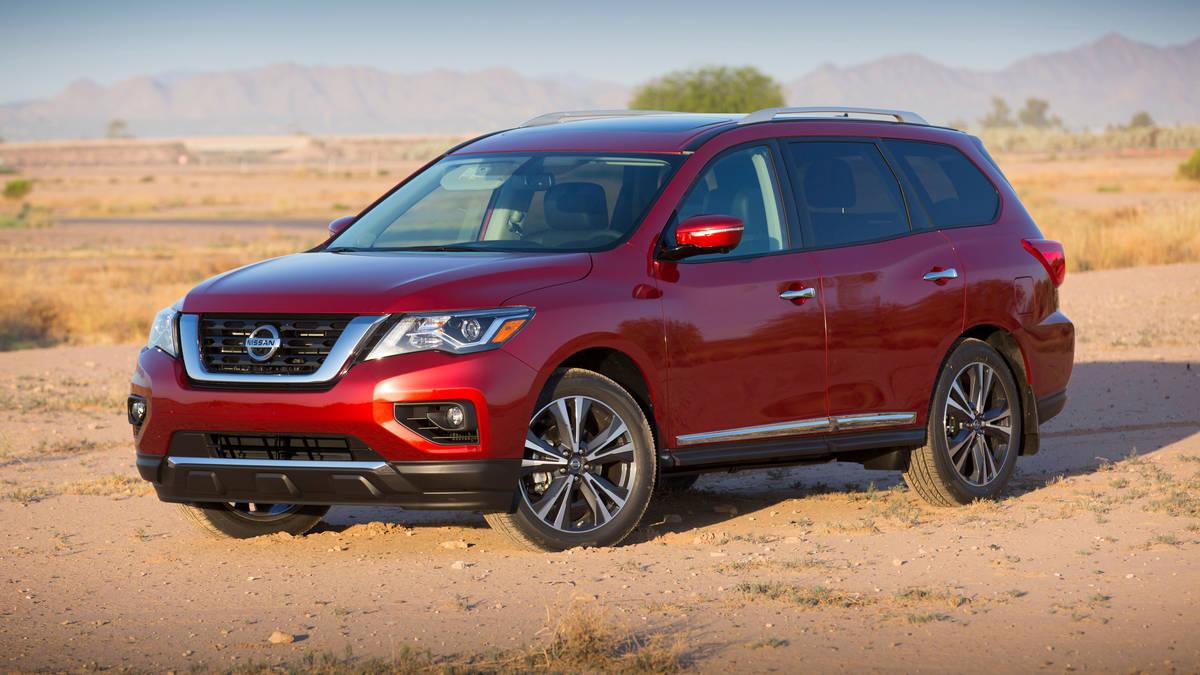Nissan Pathfinder IV Restyling 2016 - now SUV 5 door #7