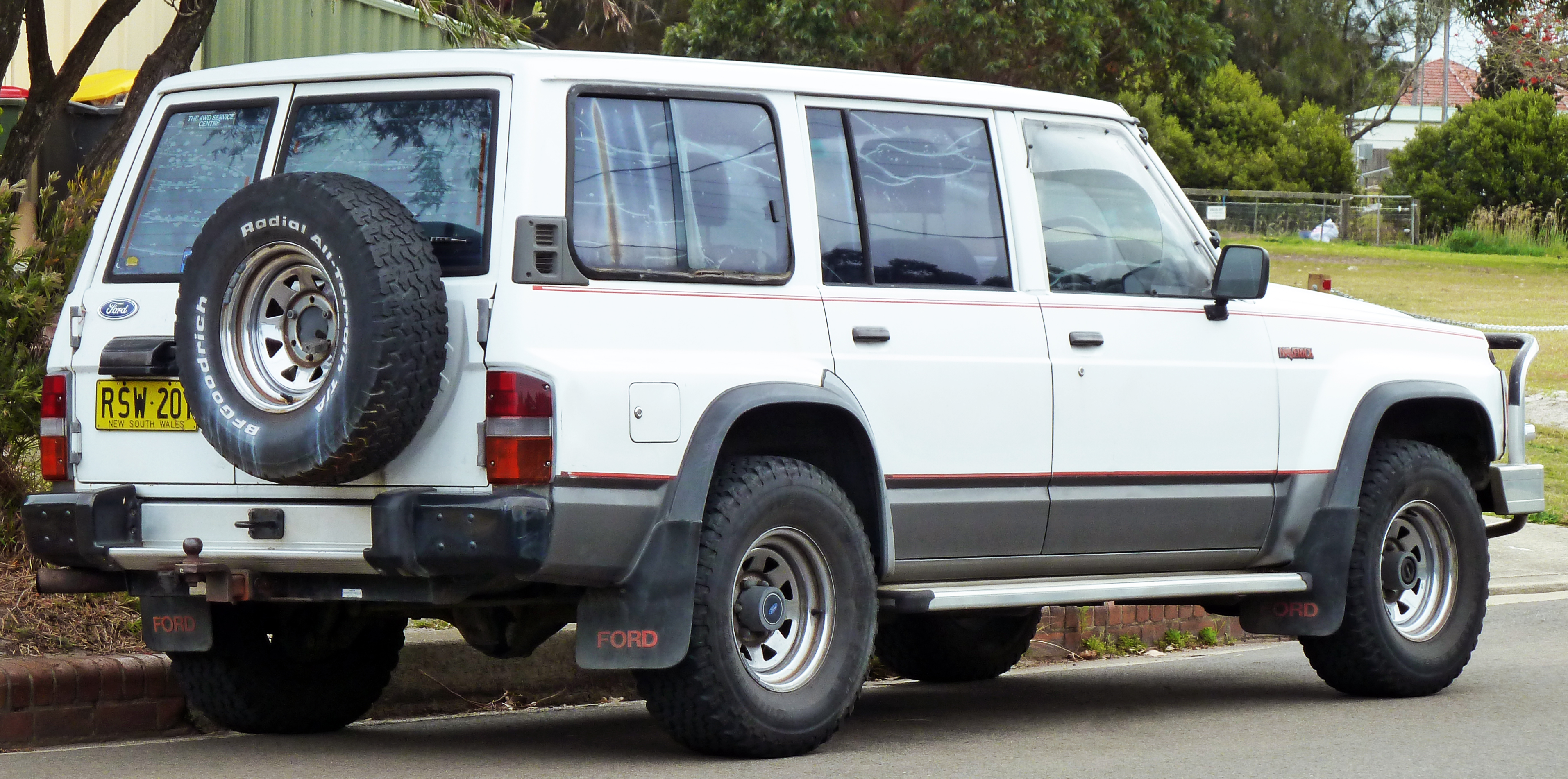Nissan Safari IV (Y60) 1989 - 1997 SUV 5 door #3