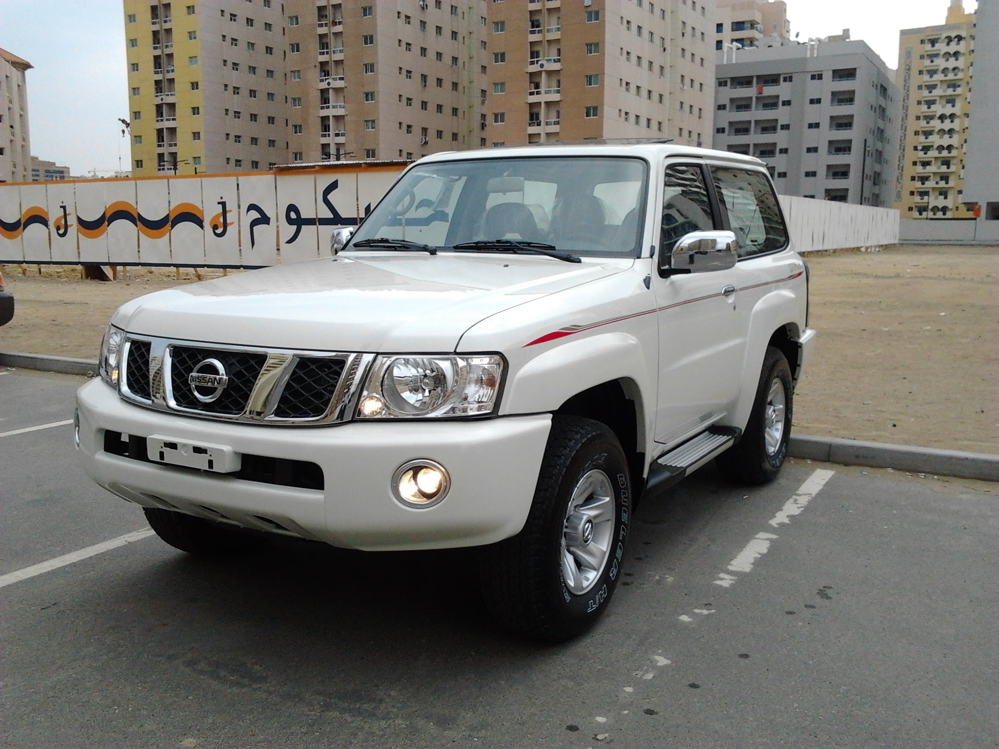 Nissan Patrol VI (Y62) Restyling 2014 - now SUV 5 door #6